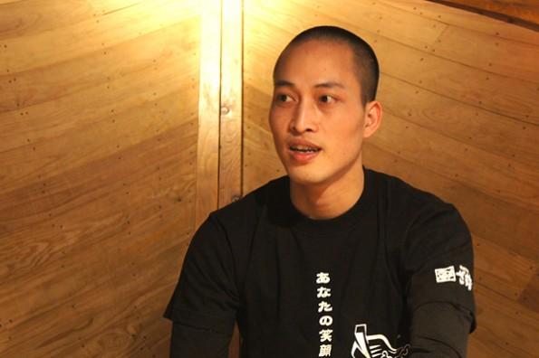 ざうお目黒店勤務 パム・ホン・タイさん ベトナム出身、来日8年、ざうお勤務歴も8年!好きな食べものはマグロ。